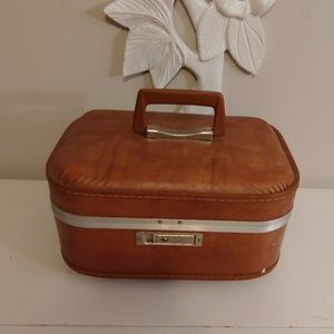 Vintage 70s Trojan train case carry-on luggage